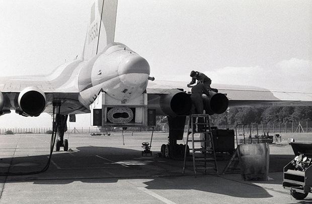 XH558
